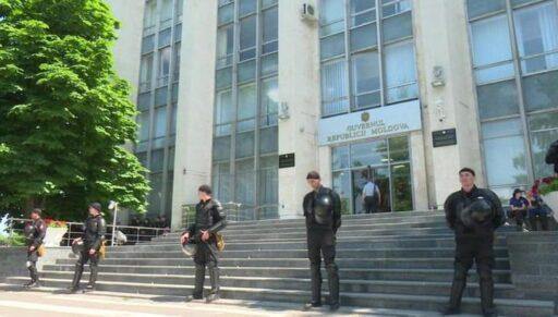 Олигарх Плахотнюк пытался предложить Москве тайную сделку