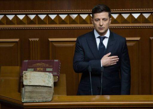 В погоне за Порошенко: рейтинг Зеленского обрушился в 2 раза