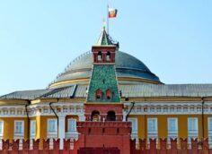 От «Молитвы русских» до «бессловесного»: какие гимны звучали в России