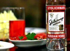 «Кушающие на завтрак водку русские»: от каких стереотипов избавился серб