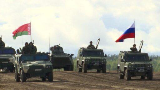 Военный эксперт раскрыл цель полетов авиации Запада у границ России