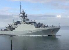 «Охота» не удалась: новейший британский корабль сломался после начала похода