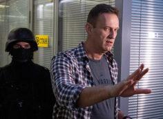В ЕС осудили то, что «выглядит как покушение на Навального», требуя расследования