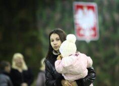 Варшава манит, превращая белорусов в инструмент провокации