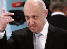 """Пригожин намерен """"раздеть и разуть"""" Навального, Соболь и ФБК"""