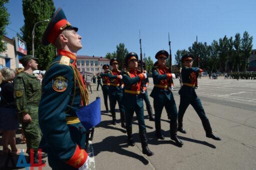 «Абсурдный фарс»: Во Франции указали на странности в деле Навального (ВИДЕО)