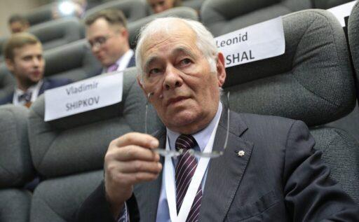 https://politryk.ru/2020/09/06/doktor-roshal-prizval-nemeckij-kolleg-sozdat-sovmestnuju-komissiju-po-situacii-s-navalnym/