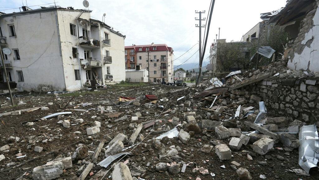 Обострение военного конфликта в Нагорном Карабахе. Главное к утру