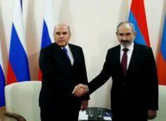 «Ждем от России большей помощи по Нагорному Карабаху»: Михаил Мишустин приехал в Ереван