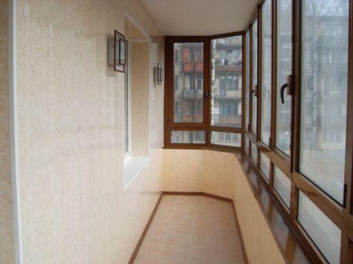 Ремонт и остекление балконов и лоджий в Челябинске
